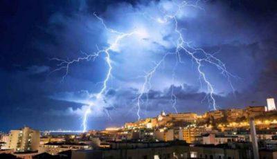 طقس الثلاثاء رياح قوية وسيول وأمطار رعدية في عدة مناطق