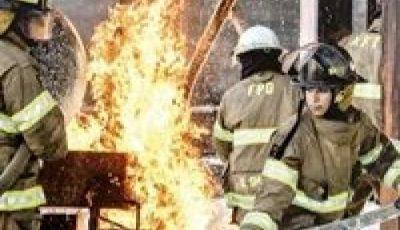 أول سيدتين سعوديتين تعملان في إطفاء الحرائق