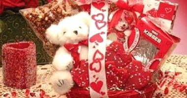 طرق تقديم هدايا عيد الحب